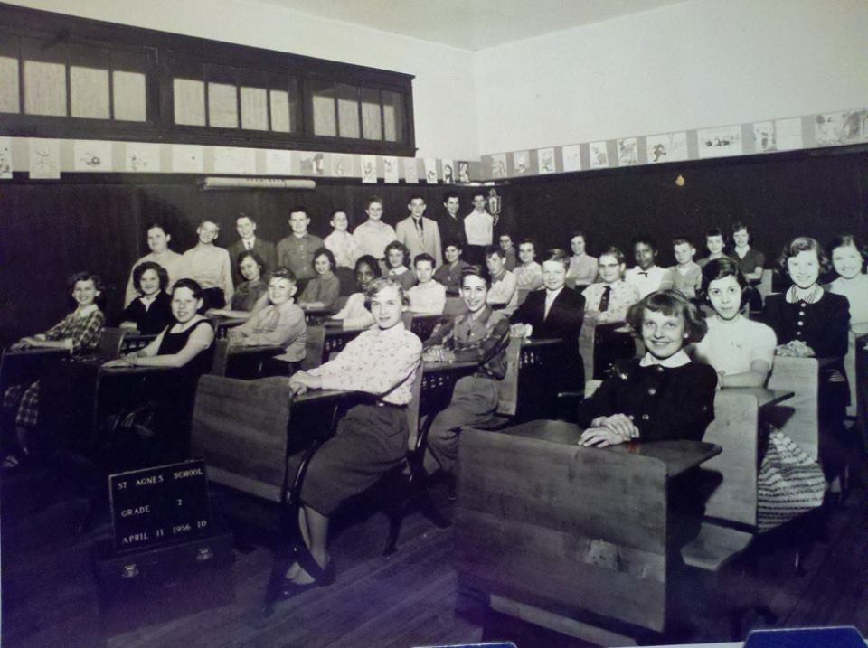 Class photo from 1954